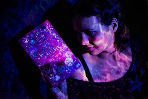 """[Rezension] """"Mein Date mit den Sternen- Rotes Leuchten"""" von Bettina Belitz"""